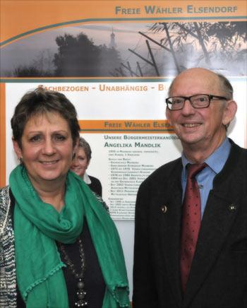 Bei der Wahlveranstaltung der Freien Wähler Elsendorf in Haunsbach informierten Bürgermeisterkandidatin Angelika Mandlik und Landrat Hubert Faltermeier über ihre Vorstellungen zur Gemeinde- und Landkreispolitik.